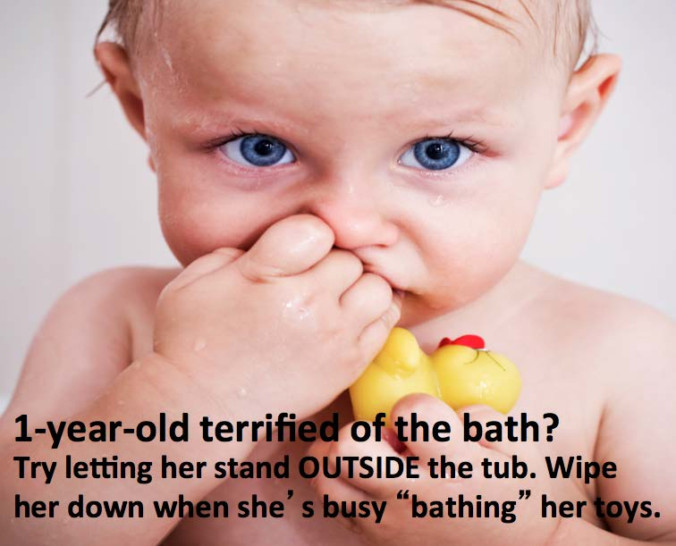 How to help your scare baby take a bath