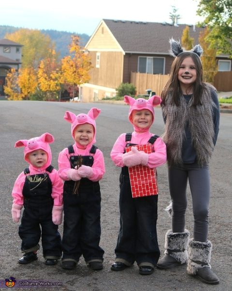 three_little_pigs_and_big_wolf